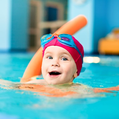 Babies and Toddlers Swimming Lessons, Kingfisher 2 School of Swimming